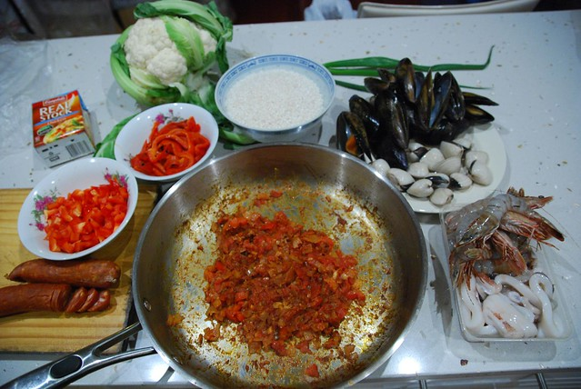 ingredients seafood paella not a bad paella if i do say flickr photo sharing. Black Bedroom Furniture Sets. Home Design Ideas