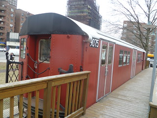 IRT Main Line R33 9075, Queens Visitors Center at Borough Hall
