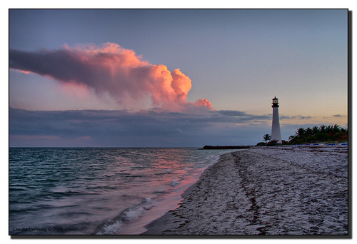 pink lighthouse clouds evening sand florida dusk jpeg hdr keybiscayne naturesfinest supershot canonefs1785mmf456isusm billbaggscapefloridastatepark 3exp specland specnature capefloridalighthouse superbmasterpiece miamidadeco betterthangood dphdr