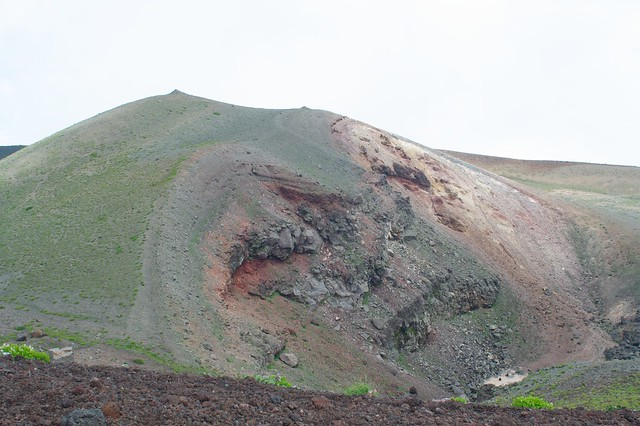Photo:The bulge in the main crater of Mt.Iwate By:jasohill