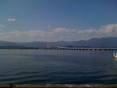 琵琶湖大橋。