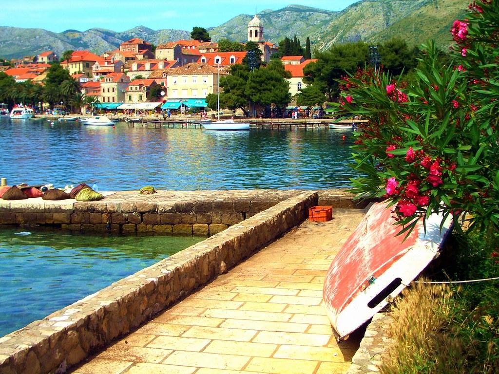 Scenic harbour