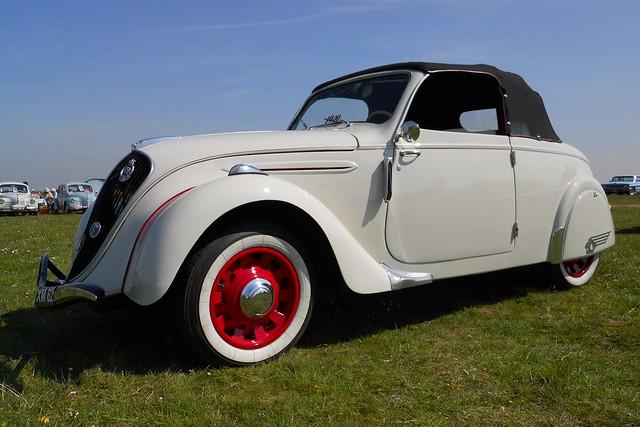 PEUGEOT 202 Cabriolet (1939)
