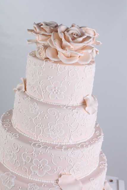 Tier Piping And Roses Wedding Cake Close Up Explore Say