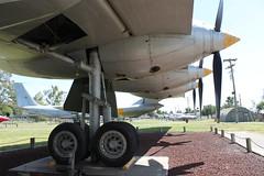 Hauptfahrwerk: Convair RB-36H Peacemaker