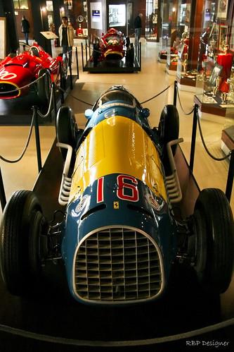 Ferrari azul e amarela - Blue and yellow Ferrari by rbpdesigner