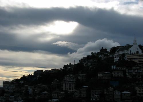 church clouds aizawl mizoram remamizoramlungleiaizawlindiachhakchhuakdawndusksunrisesunsethillscloudssunbirds khatla