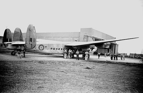 Avro York 3.5 20 wide angle Elmar 02