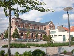 Place Eglise St Piat Roncq (1)