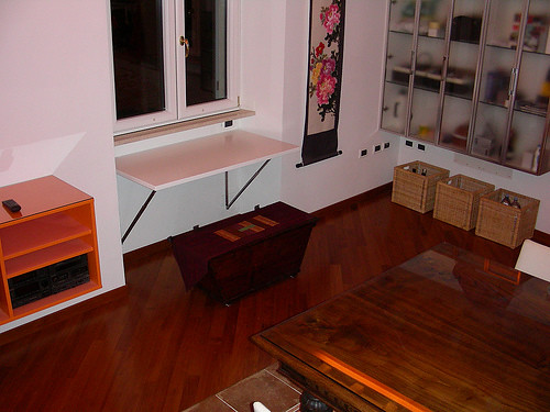 interior design with foldable table