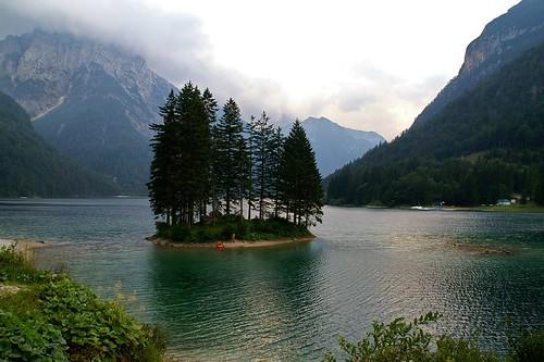 travel viaje italy lake mountains geotagged lago italia valle valley 100club italians montañas luciojosémartínezgonzález luciojosemartinezgonzalez almostanything globalbackpackers geo:lat=464266054444512 geo:lon=135692911111108