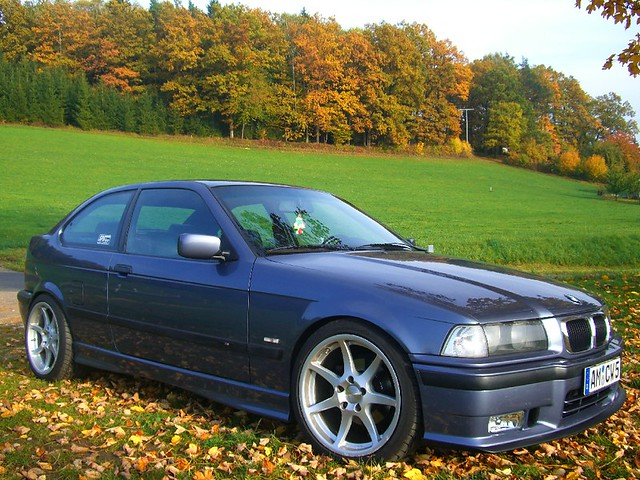 bmw e36 323ti autumn shooting flickr photo sharing. Black Bedroom Furniture Sets. Home Design Ideas