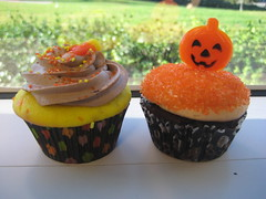 More Halloween Cupcakes