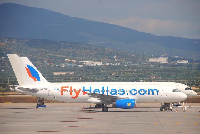 FlyHellas.com Airbus A320-231; SX-SMV@ATH;12.06.2011/600ca