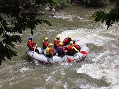 whitewater kayaking(0.0), sports(1.0), rapid(1.0), river(1.0), recreation(1.0), outdoor recreation(1.0), boating(1.0), extreme sport(1.0), water sport(1.0), rafting(1.0),
