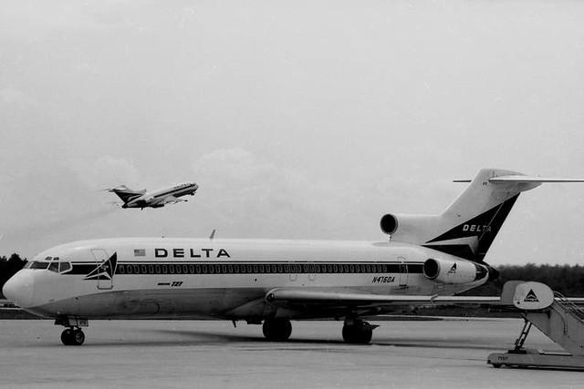 Planes at Columbia Metropolitan (1973)
