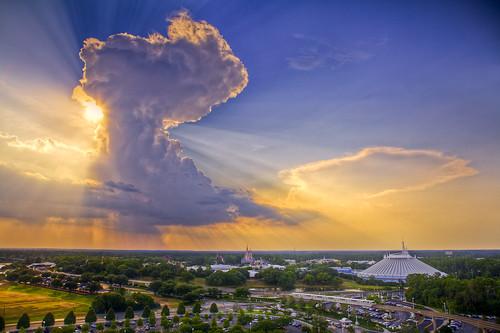 sunset cloud castle clouds orlando disney disneyworld sunburst magickingdom spacemountain contemporaryresort mostly365