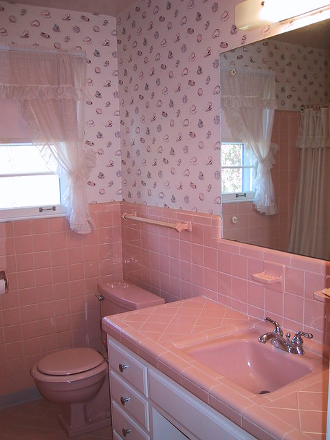 Popular 1980 S Take On The Pink Tile With Another Pink Peach Tub