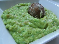 condiment, vegetarian food, dip, green sauce, food, dish, guacamole, cuisine,