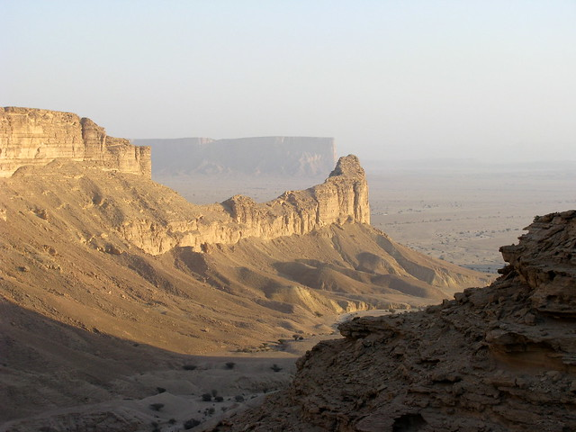 Saudi Arabia scenery by CC user pedronet on Flickr