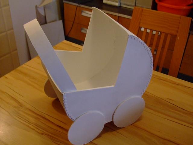 Carrinho de bebé cesta , em branco para decorar, disponível Ref 35