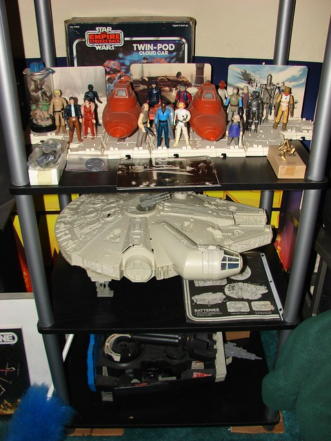 Star Wars Vintage  1977-1984 Toys, Millennium Falcon, ESB Display Stand, Cloud City.