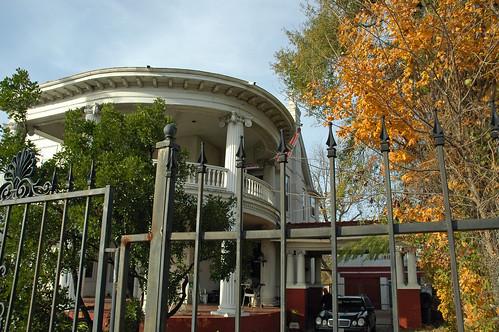 house architecture texas colonial victorian marshall revival 1894 nationalregisterofhistoricplaces harrisoncounty hochwaldhouse franksantiqueshopdollmuseum 211wgrandave 83004487 isaachochwald ©2008stevenmwagner