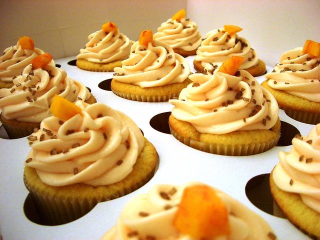 Peach Cobbler Cupcakes | Explore My Sweet Nothings' photos o ...