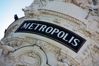 Εικόνα από Edificio Metrópolis κοντά σε City Center. madrid españa sign canon spain edificio granvía tomás fano metrópolisbuilding