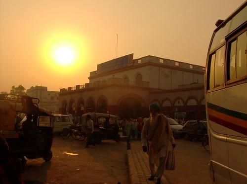 india sunrise amritsar