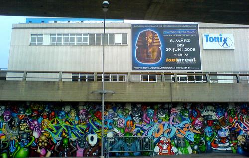 One Truth / street art
