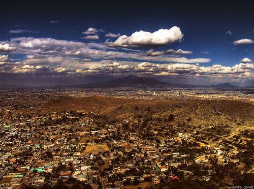 A lo lejos, Puebla