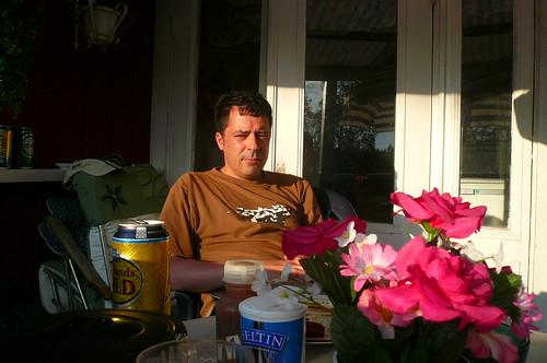 Selbst auf der Terrasse meiner kleinen Hütte in Schweden. Juli 2008