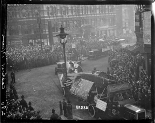 Captured World War I German planes paraded in London, 1918