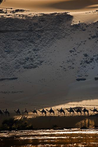 village desert camels deserto nubian naturesfinest villaggio cammelli mywinners abigfave platinumphoto nubiano damniwishidtakenthat