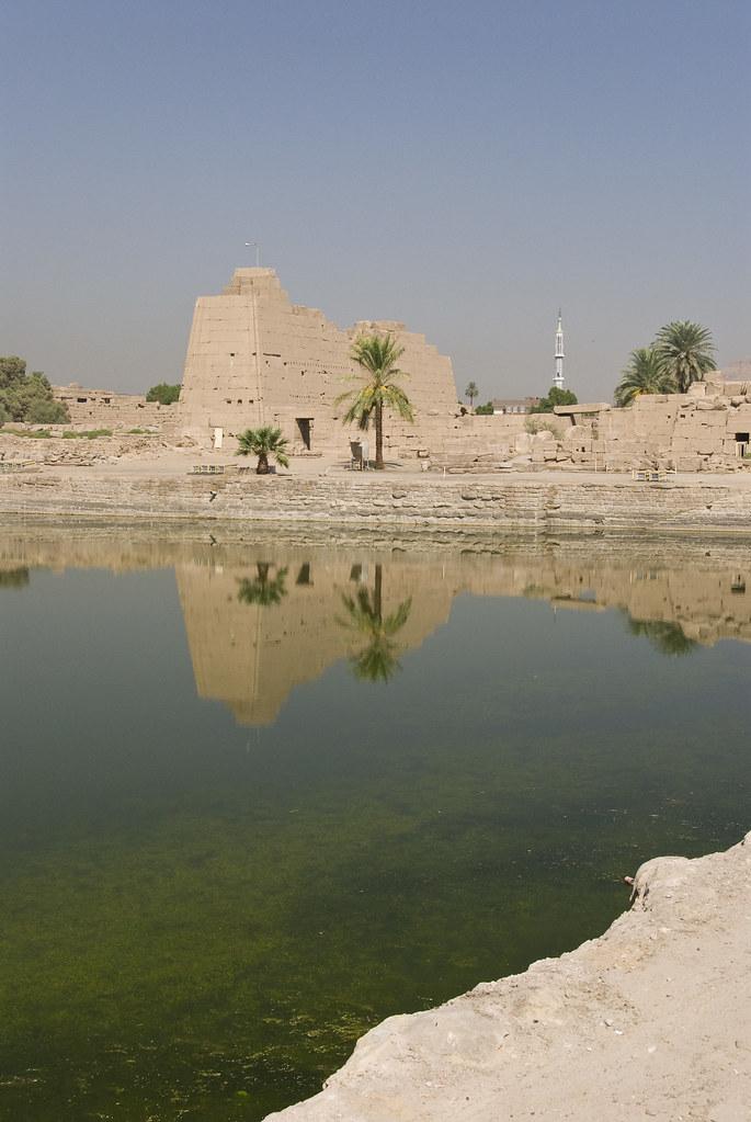Lago sagrado del Templo de Karnak, Egipto. Foto: S J Pinkey