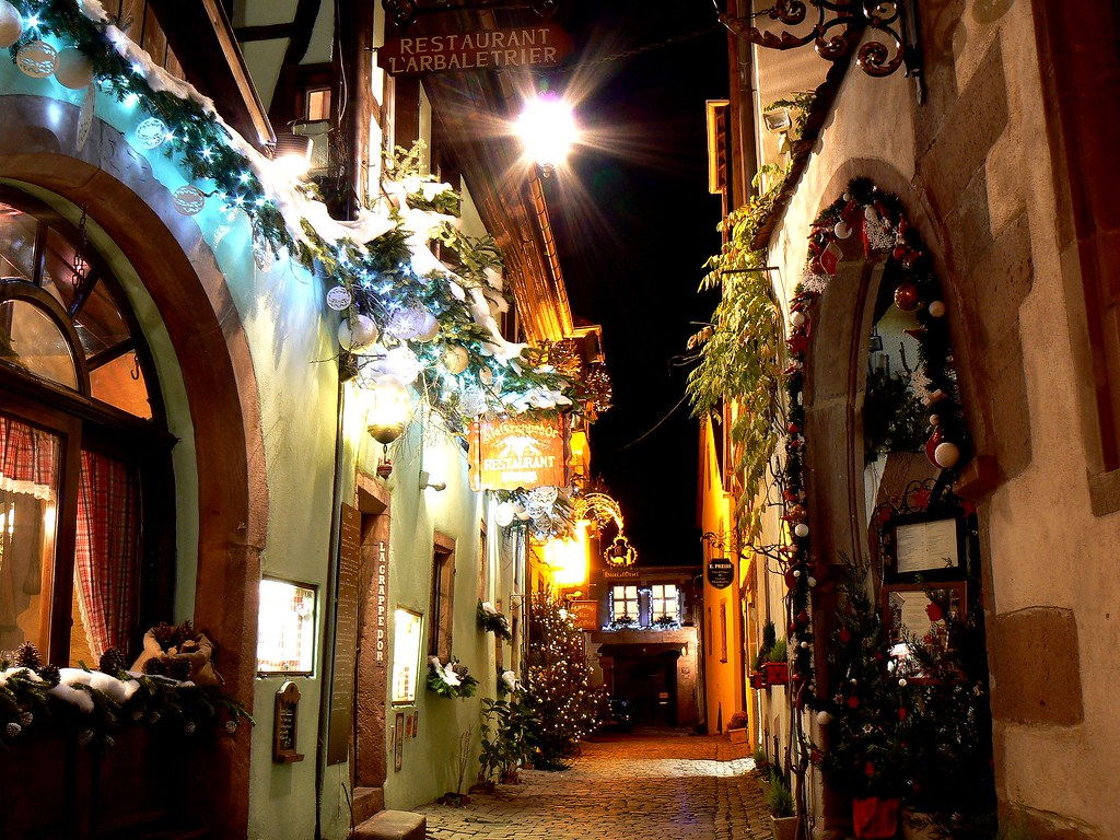 RIQUEWIHR by night