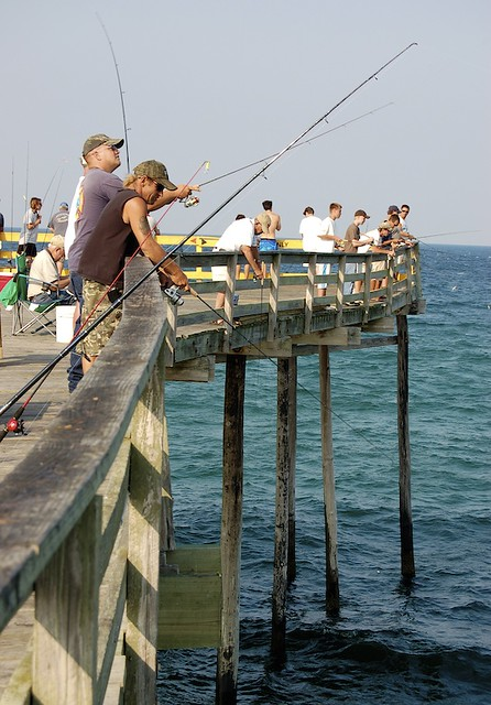 Nags head fishing pier on the outer banks nc flickr for Outer banks surf fishing tips
