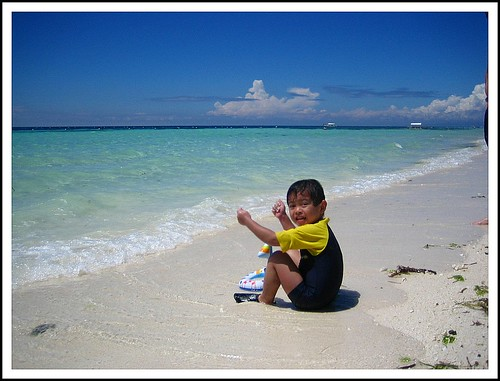 Jake and the powdery white sand (Panglao)