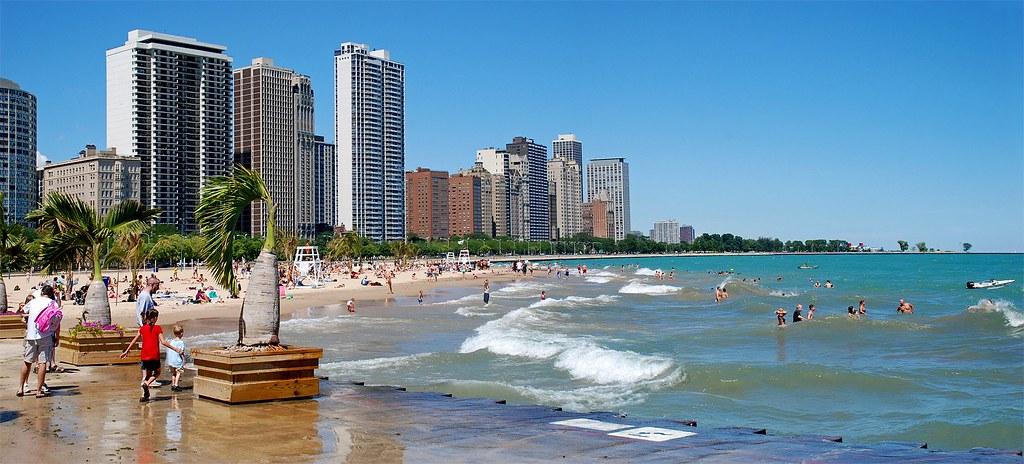 пляж Oak Street чикаго