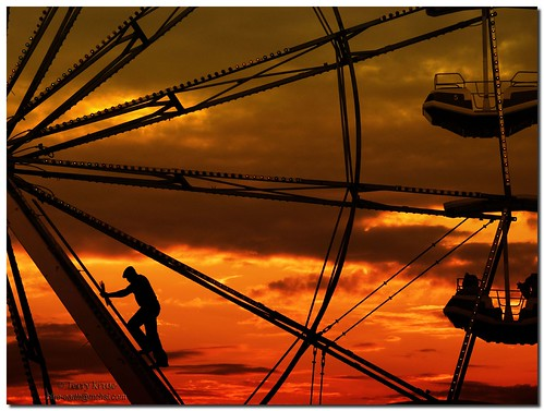 sunset man silhouette evening image dusk photoshopped fair iowa ferriswheel carny iowastatefair abigfave anawesomeshot platinumheartaward