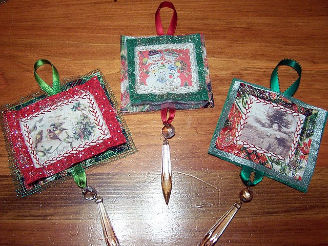 Quilted Christmas Ornaments - a gallery on Flickr : quilted xmas ornaments - Adamdwight.com