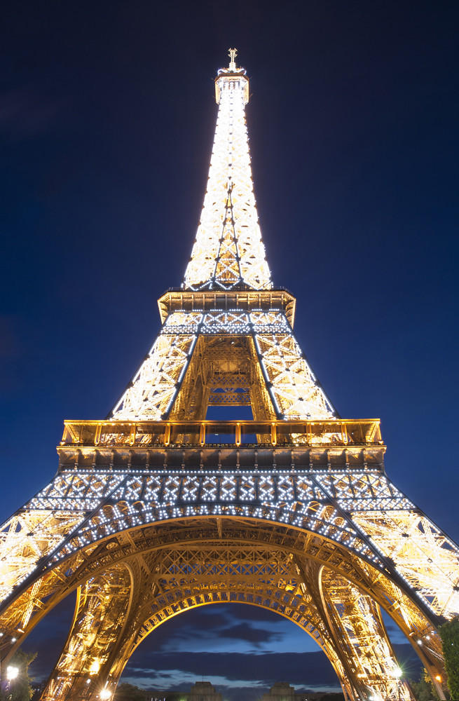 Eiffel-Tower_2