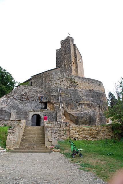 Église rupestre Sainte-Marie de Vals (Ariège).