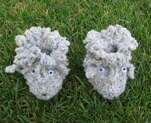 Hand knitted baby booties - FREE SHIPPING Flickr - Photo Sharing!