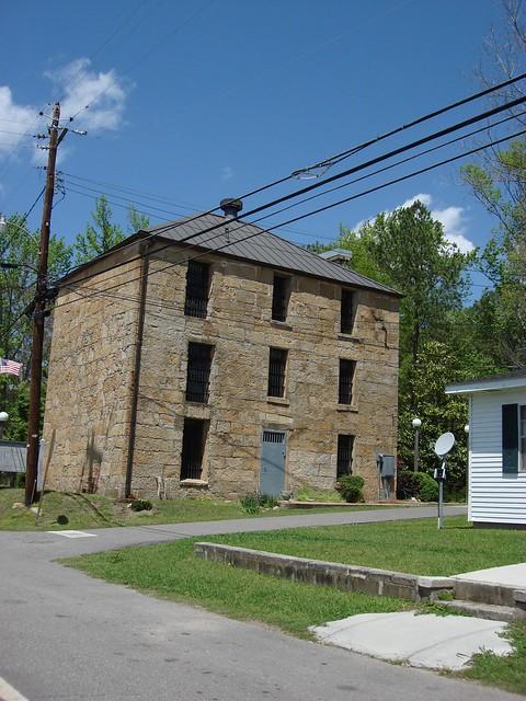 1842 Old Rock Jail (now museum), Rockford Alabama