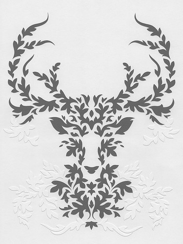 gray-deer-papercutting