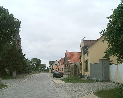 Gübs Village Street