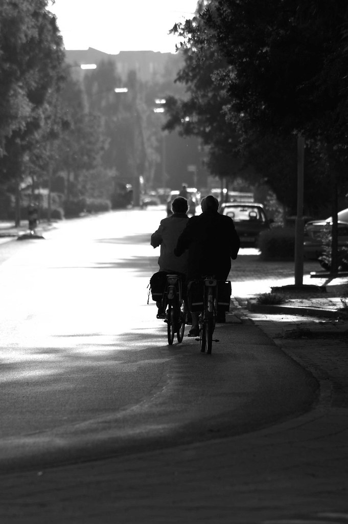 old-ladies-bicycling