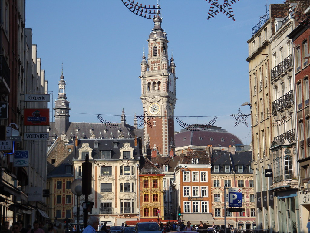 Lille travel guide and hotels map france for Guide hotel france